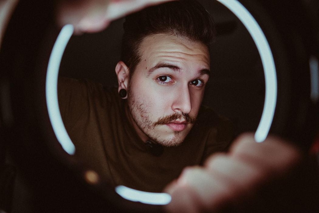Avez-vous déjà été intéressé par l'utilisation d'un anneau lumineux ?